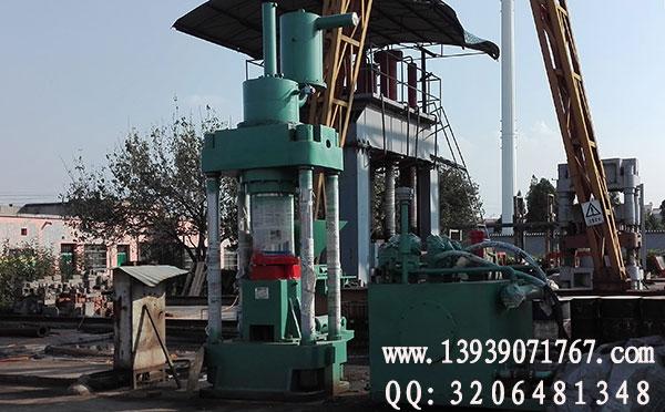630吨铁屑压块机